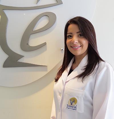 Dra. Verônica Dias